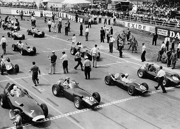 Beginnings「Starting Grid,1958 British Grand Prix At Silverstone」:写真・画像(16)[壁紙.com]