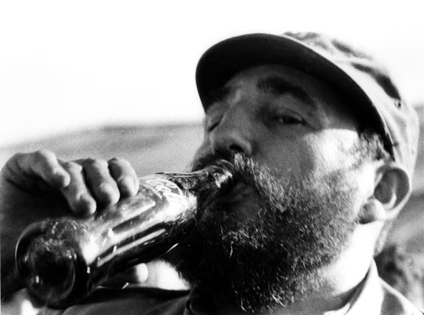 Bottle「Coke For Castro」:写真・画像(17)[壁紙.com]