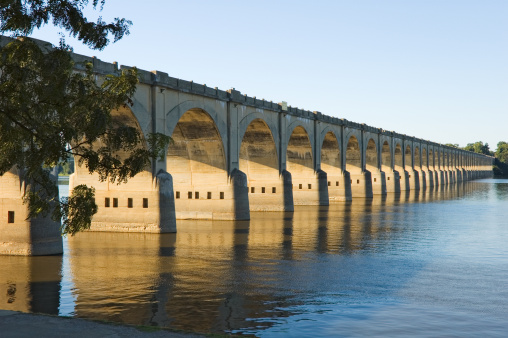 Pennsylvania「Long Bridge Arches Over River, Harrisburg, PA, USA」:スマホ壁紙(7)