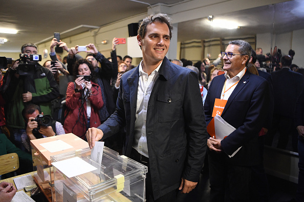 Spain「Spanish Candidates Vote At General Elections」:写真・画像(10)[壁紙.com]