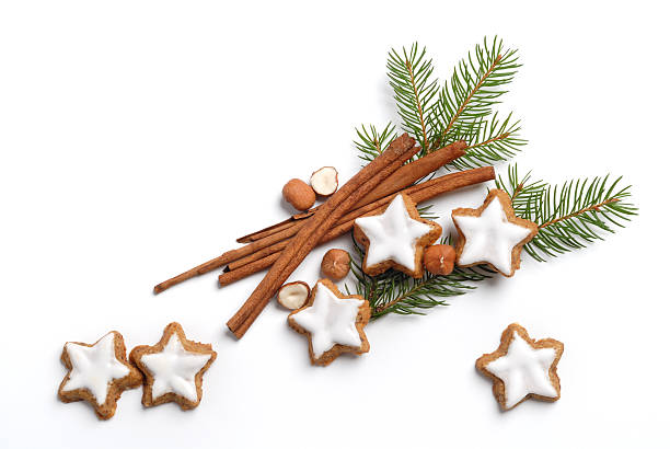 Christmas pine with frosted sugar cookies and cinnamon:スマホ壁紙(壁紙.com)