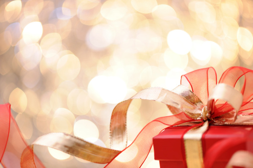 Spirituality「Christmas present with illuminated background」:スマホ壁紙(15)