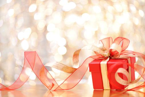 贈り物「クリスマスプレゼント、照明付きの背景」:スマホ壁紙(13)