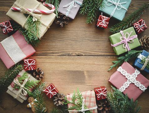 Blinking「christmas present and christmas decorations」:スマホ壁紙(14)