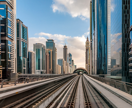 Sheikh Zayed Road「Dubai cityscape, view from driverless metro on cityscape of Dubai Downtown and Sheikh Zayed Road, United Arab Emirates」:スマホ壁紙(13)
