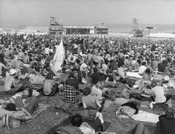 Woolnough「Isle Of Wight Crowd」:写真・画像(13)[壁紙.com]