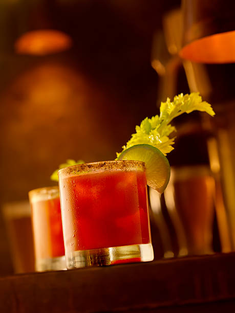 Bloody Mary Cocktail:スマホ壁紙(壁紙.com)