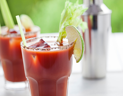 Vegetable Juice「Bloody Mary or Caesar Cocktail  with Lime, Celery  and ice」:スマホ壁紙(6)