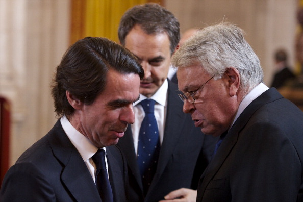 Jose Maria Aznar「Nicolas Sarkozy  Honoured with the 'Toison de Oro' at The Royal Palace in Madrid」:写真・画像(15)[壁紙.com]