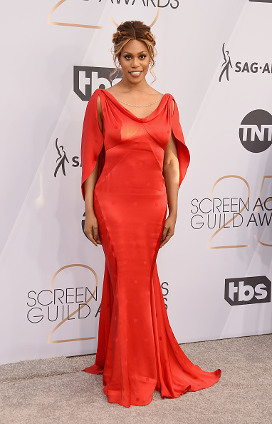 カメラ目線「25th Annual Screen Actors Guild Awards - Arrivals」:写真・画像(19)[壁紙.com]