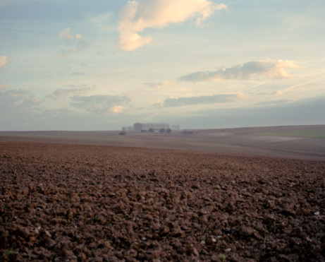 Agricultural Field「ploughed field, the Somme, France」:スマホ壁紙(9)