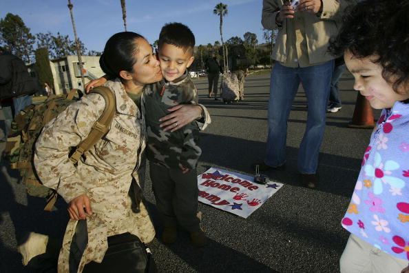 Marines - Military「Camp Pendleton Marines Return After One-Year Deployment To Iraq」:写真・画像(9)[壁紙.com]