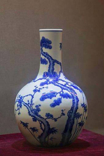 Floral Pattern「antique porcelain」:スマホ壁紙(12)