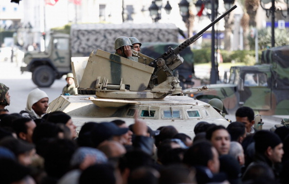 Christopher Furlong「Demonstrations Continue In Tunisia As Calls Come For Dissolution Of Ruling Party」:写真・画像(15)[壁紙.com]