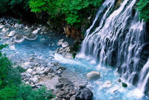 Japan「流れ落ちる水」:スマホ壁紙(13)