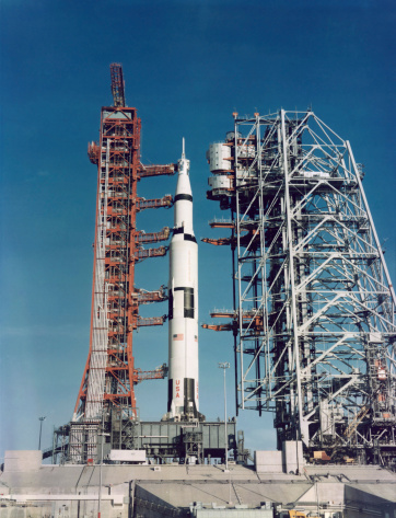 1960-1969「The Apollo 8 space vehicle on the launch pad at Kennedy Space Center.」:スマホ壁紙(10)
