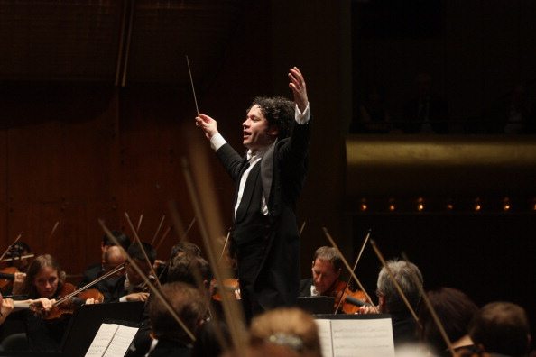 Musical Conductor「Gustavo Dudamel」:写真・画像(7)[壁紙.com]