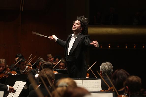Musical Conductor「Gustavo Dudamel」:写真・画像(9)[壁紙.com]