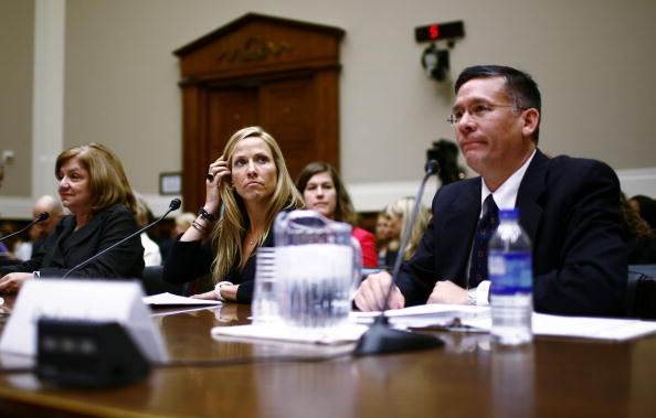 Breast「Sheryl Crow Testifies In Support Of Breast Cancer Research」:写真・画像(9)[壁紙.com]