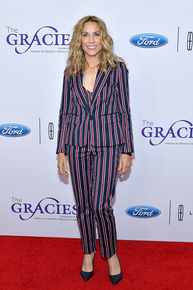 Sheryl Crow「The Alliance For Women In Media Foundation's 44th Annual Gracie Awards - Arrivals」:写真・画像(17)[壁紙.com]