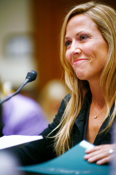 Breast「Sheryl Crow Testifies In Support Of Breast Cancer Research」:写真・画像(8)[壁紙.com]