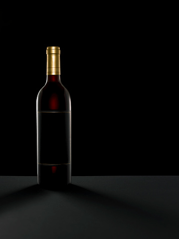 Wine Bottle「Wine Bottle on Black Background」:スマホ壁紙(14)