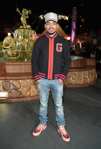 """Chance「Disney kicks off """"Mickey the True Original"""" campaign in celebration of Mickey's 90th anniversary with a fashion show at Disneyland featuring a Mickey-inspired collection by Opening Ceremony」:写真・画像(10)[壁紙.com]"""