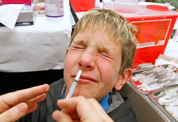 Nose「Crowds Line Up For H1N1 Vaccinations」:写真・画像(10)[壁紙.com]