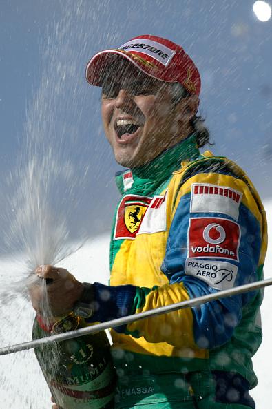 笑顔「Felipe Massa, Grand Prix Of Brazil」:写真・画像(11)[壁紙.com]
