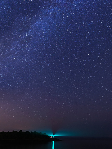 星空「USA, Maine, Camden, Curtis Island Lighthouse at night」:スマホ壁紙(9)