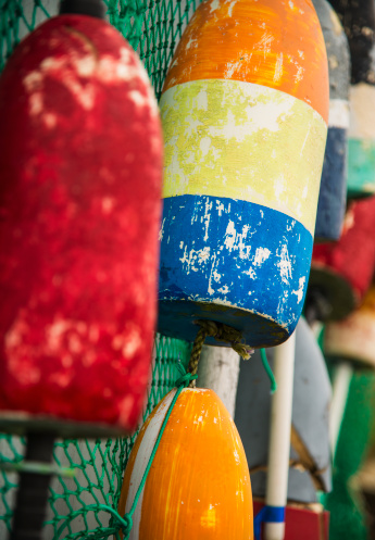 Buoy「USA, Maine, Camden, Close-up of colorful lobster buoys」:スマホ壁紙(11)