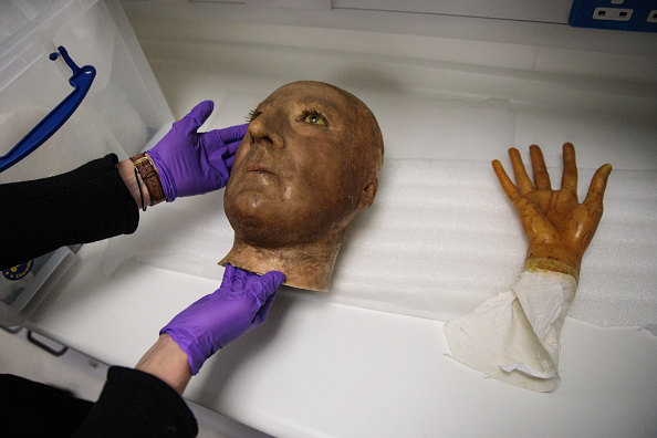 Hand「Westminster Abbey Has 18th Century Wax Heads Scanned At St Thomas' Hospital」:写真・画像(10)[壁紙.com]