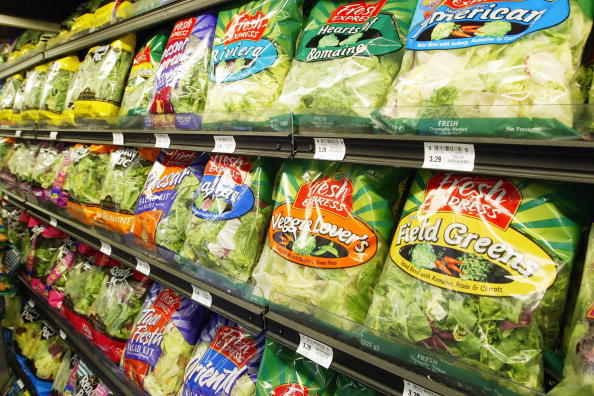 Salad「Packaged Salad Is The Second Fastest Selling Item On Grocery Shelves」:写真・画像(18)[壁紙.com]