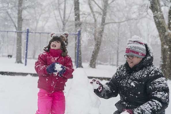 雪だるま「Storm Brings Snow, Sleet, And High Winds To Mid Atlantic Region On Second Day of Spring」:写真・画像(18)[壁紙.com]