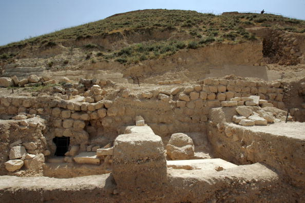 Human Settlement「Israeli Archaeologists Uncover Tomb Of Herod」:写真・画像(11)[壁紙.com]