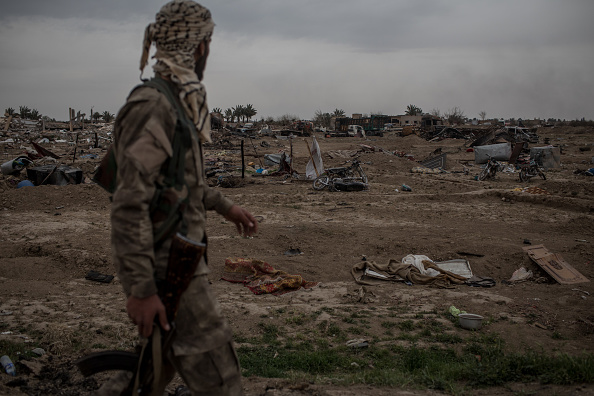 Militant Groups「Last ISIS-Held Village In Syria Falls to US-Backed Forces」:写真・画像(3)[壁紙.com]