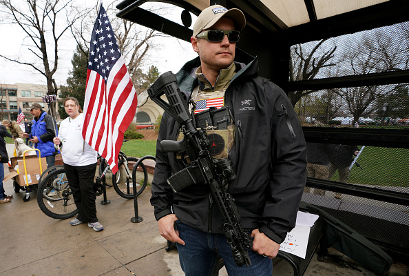 Rifle「Pro Gun Rally Held In Boulder, Colorado, As City Considers A Local Ban On Assault Weapons」:写真・画像(18)[壁紙.com]