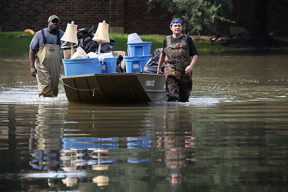 2017 Hurricane Harvey「Houston Area Begins Slow Recovery From Catastrophic Harvey Storm Damage」:写真・画像(8)[壁紙.com]