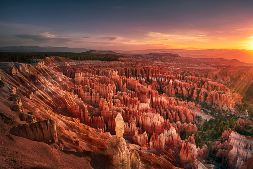 Famous Place「Dawn over Bryce Canyon」:スマホ壁紙(13)