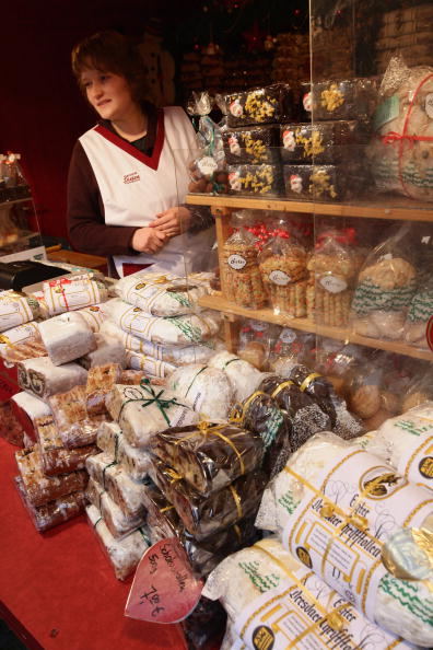 Loaf of Bread「Saxon Artisans Prepare Christmas Delights」:写真・画像(4)[壁紙.com]