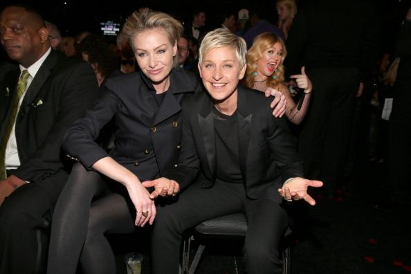出席する「The 55th Annual GRAMMY Awards - Backstage And Audience」:写真・画像(12)[壁紙.com]