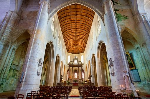 Nouvelle-Aquitaine「Saint-Pierre Cathedral in Saintes, France」:スマホ壁紙(11)
