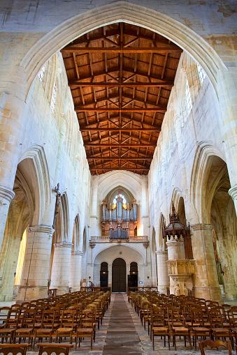 Nouvelle-Aquitaine「Saint-Pierre Cathedral in Saintes, France」:スマホ壁紙(8)