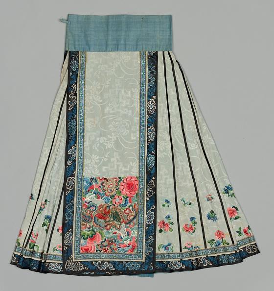 Embroidery「Skirt」:写真・画像(15)[壁紙.com]