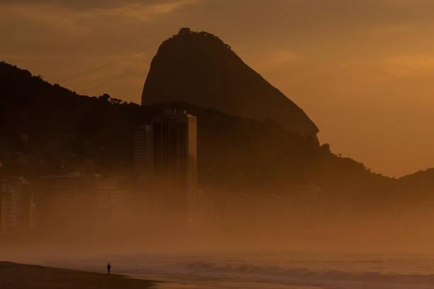 Sunrise and Early Morning in Rio de Janeiro Amidst the Coronavirus (COVID - 19) Pandemic:ニュース(壁紙.com)