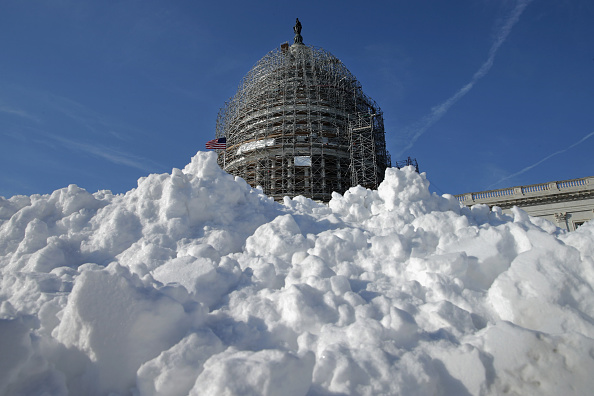 2016 Winter Storm Jonas「Mid Atlantic States Prepare For Large Snow Storm」:写真・画像(7)[壁紙.com]