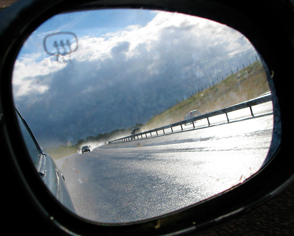 Personal Perspective「Car mirror on A120, UK」:写真・画像(1)[壁紙.com]