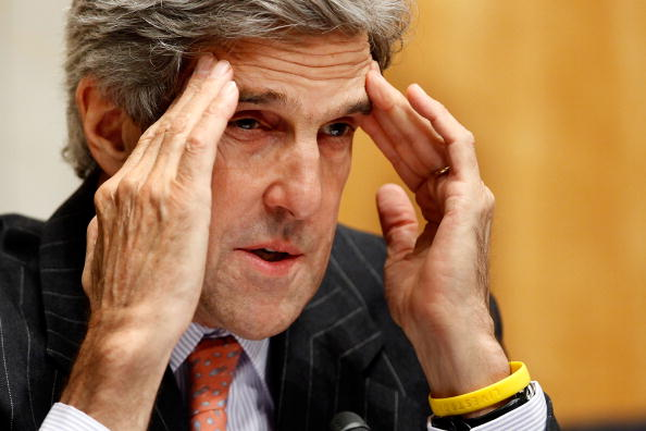 John Kerry「Senate Holds Hearing On Afghanistan And Al-Qaeda」:写真・画像(2)[壁紙.com]