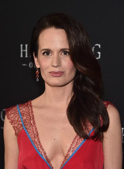 "Elizabeth Reaser「Netflix's ""The Haunting Of Hill House"" Season 1 Premiere - Red Carpet」:写真・画像(0)[壁紙.com]"