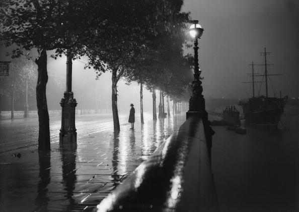 Street Light「Rainy Embankment」:写真・画像(8)[壁紙.com]